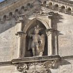 Monte-Sant'Angelo---Particolare-del-Frontale-della-Basilica-di-S.-Michele.jpg