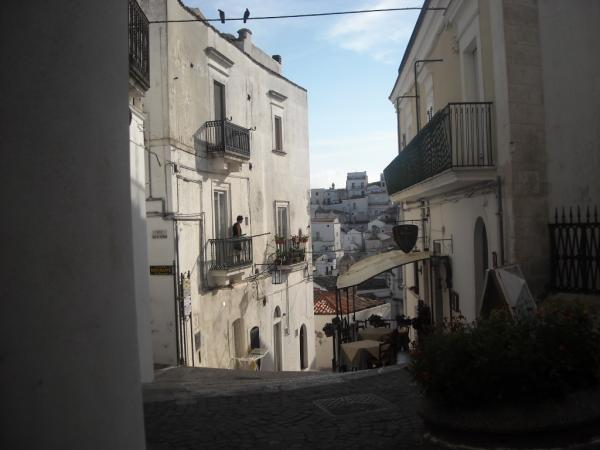 Monte-Sant'Angelo---altro-borgo.jpg