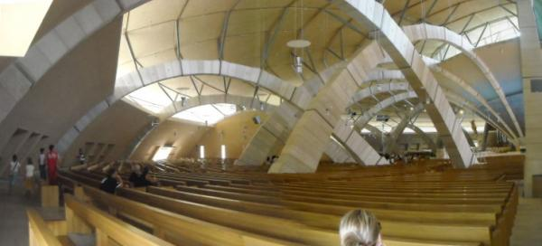 Santuario-di-S.-Pio---Interno.jpg