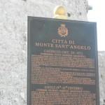 Targa-di-Monte-Sant'Angelo.jpg