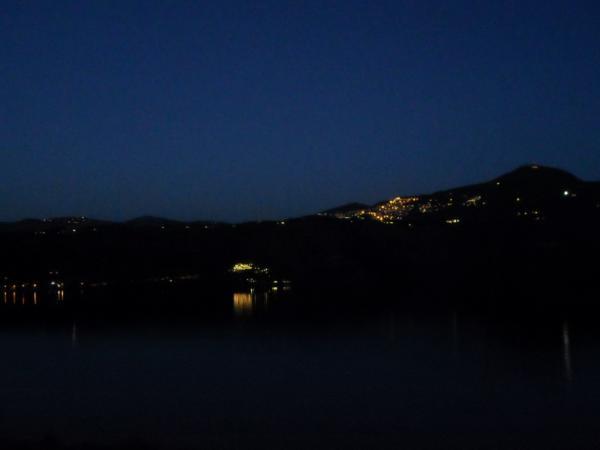 Castel-Gandolfo---Lago---notturno.jpg
