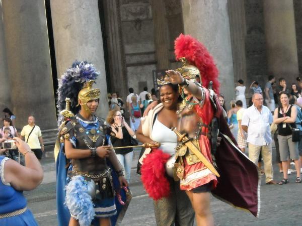 Roma---Pantheon-e-Centurioni.jpg