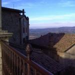 Un particolare suggestivo dei tetti visti dal belvedere di Piazza Garibaldi