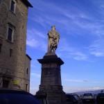 Piazza Garibaldi - La statua del grande condottiero